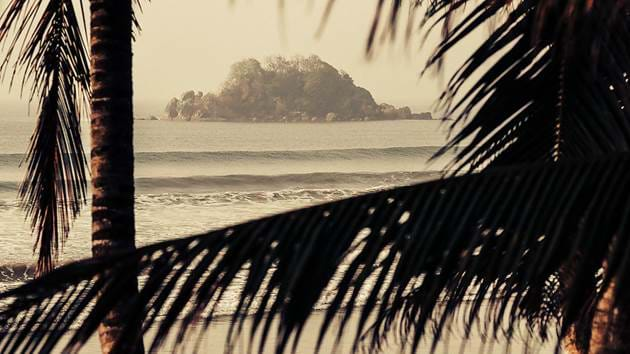 lapoint-surfing-sri-lanka-morning-peelers3
